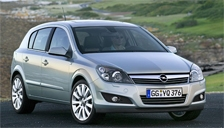 Vauxhall Astra 4 Stud Alloy Wheels and Tyre Packages.