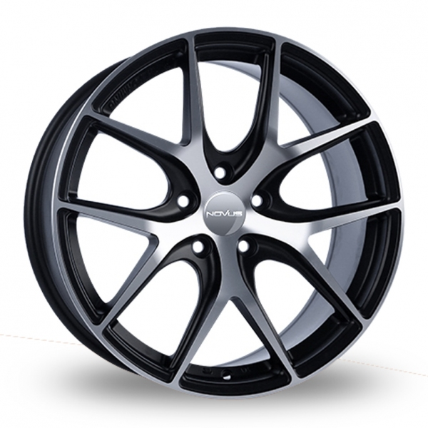 "Picture of 18"" Novus 1 Black/Polished Flow-Formed Wider Rear"