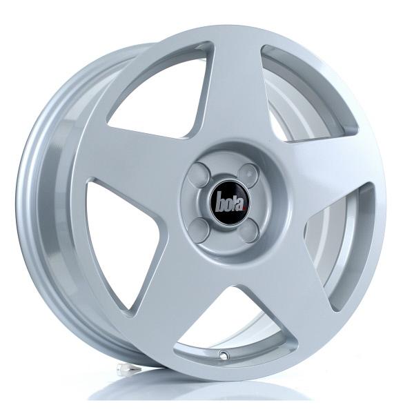 18 Inch Bola B10 Silver Alloy Wheels